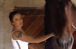 girl-fucks-horse